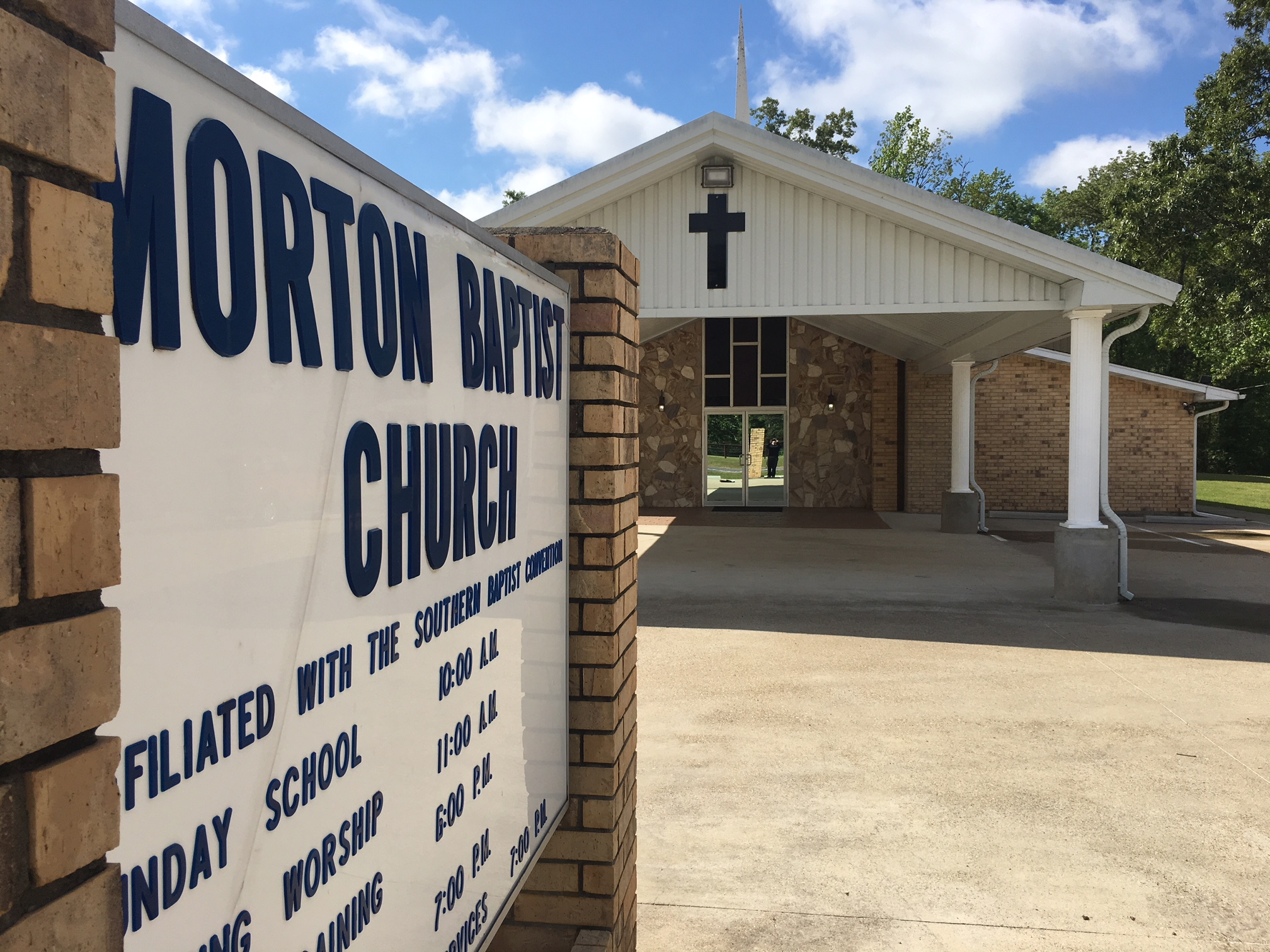 Morton Baptist sign